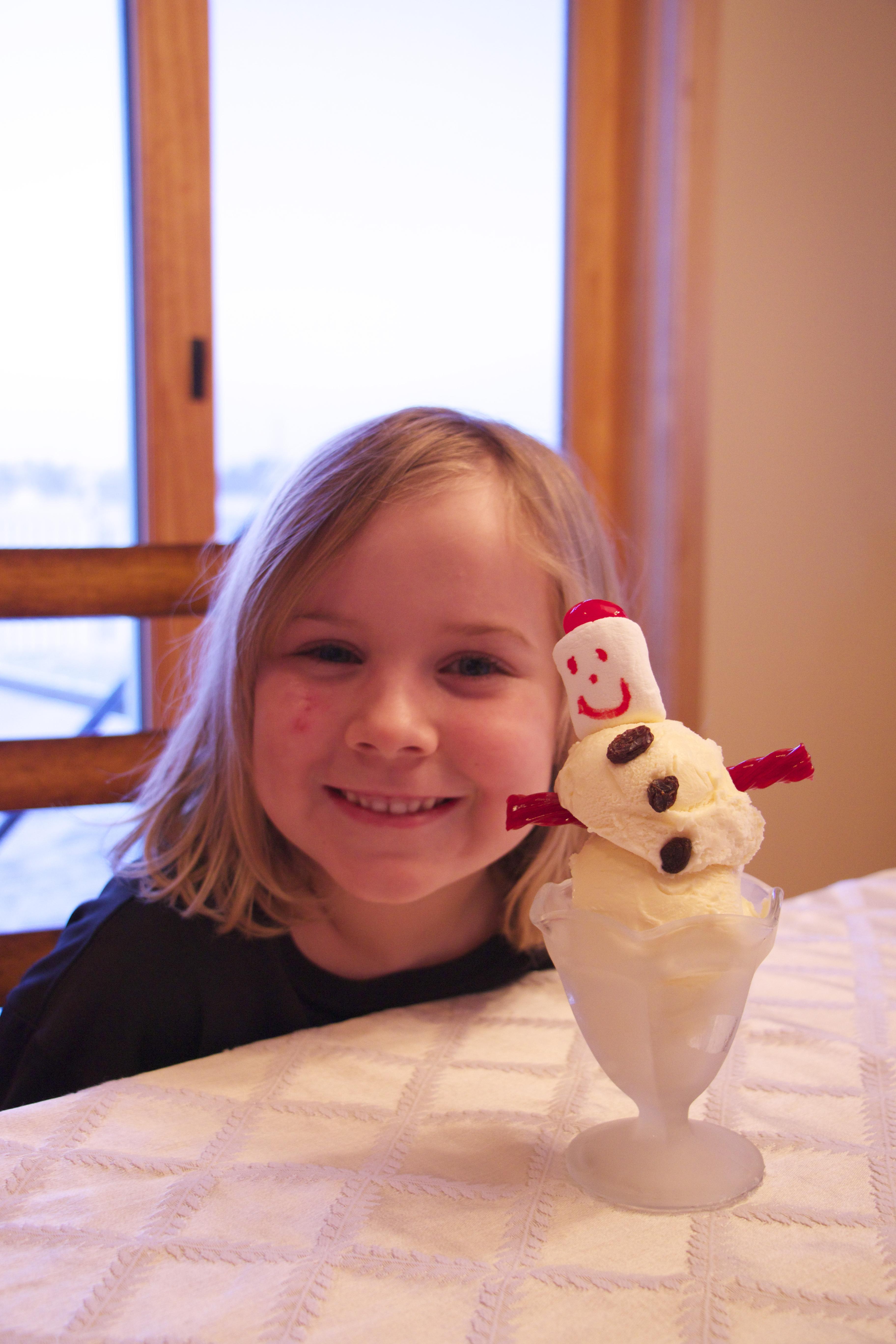 How To Make Snowman Sundaes