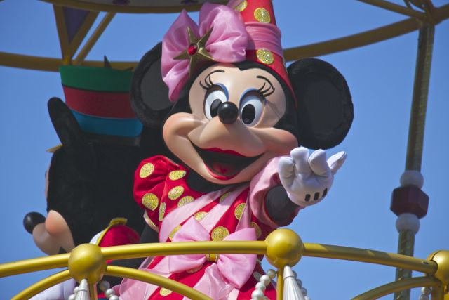 Minnie_Fantasyland Parade