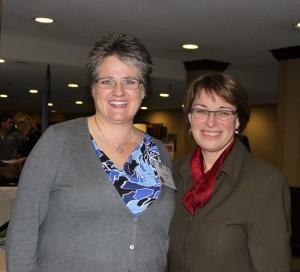 Carolyn Olson with Senator Klobuchar (1)