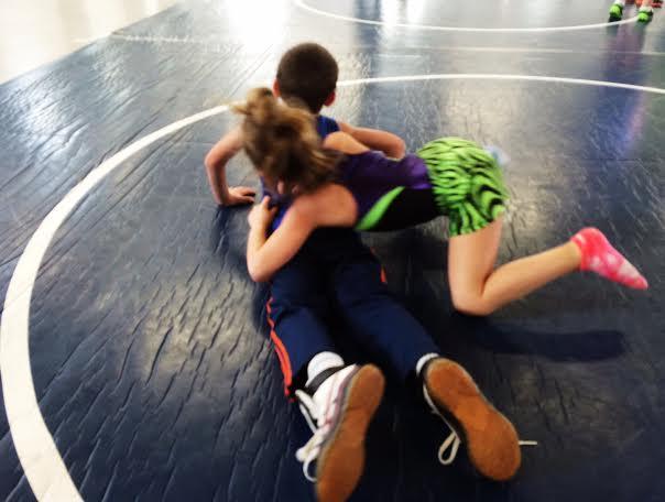 2015 girls grappling boys