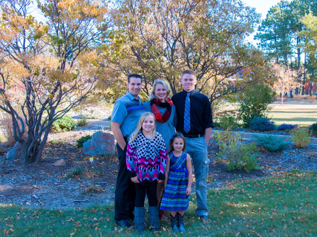 Pinkefallfamily-1