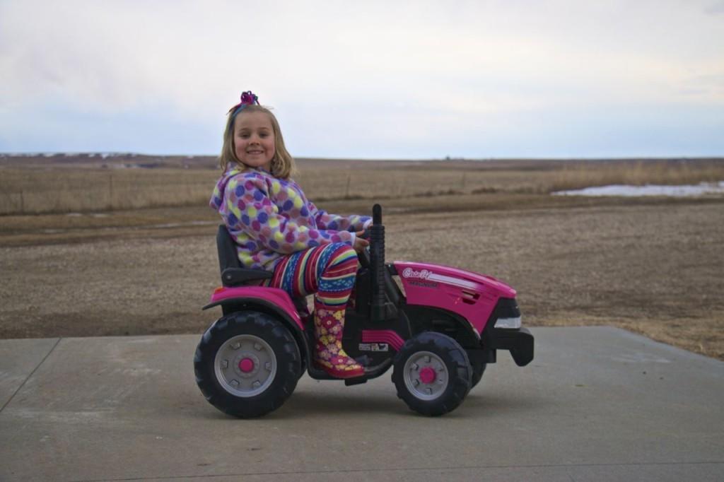 Pink_Tractor_pinkepost