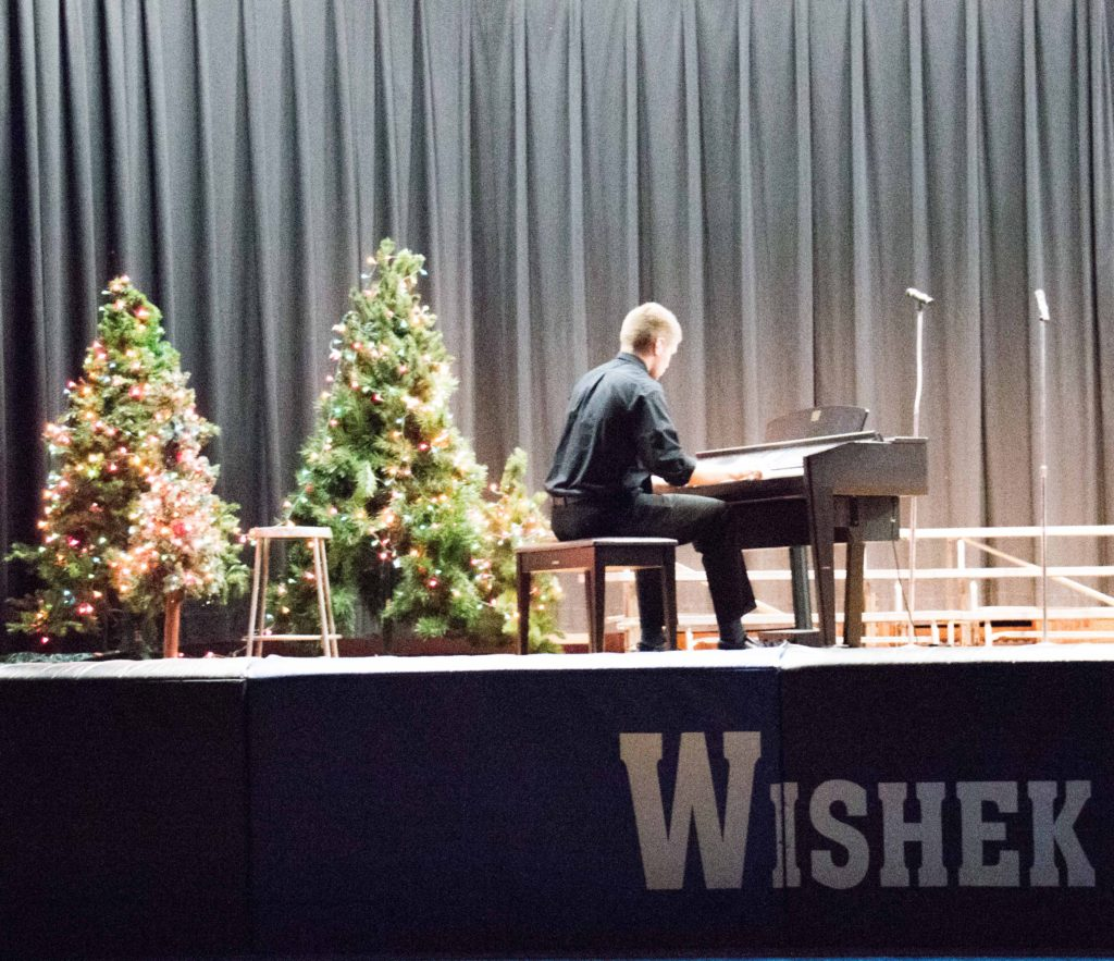 ChristmasConcert_HunterPinke-6